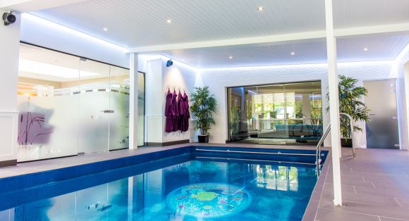 Residential Home, Swimming pool and gym (Solihull)